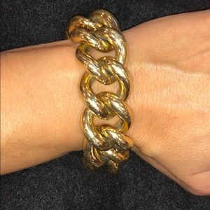 Big gold chain link bracelet 😍